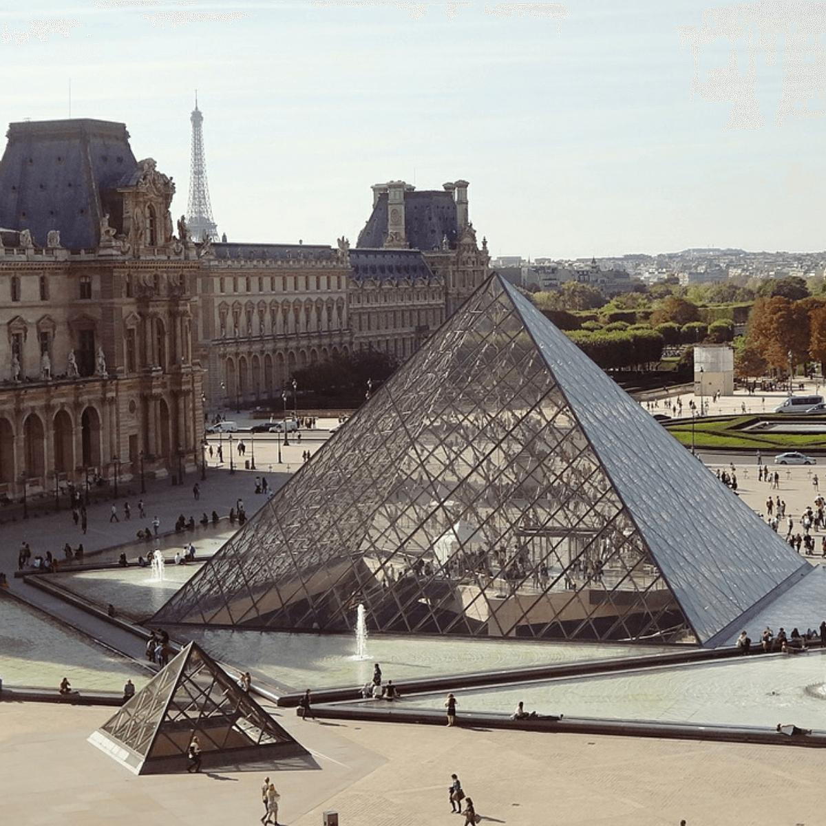 Louvre museum, muzej louvre u parizu